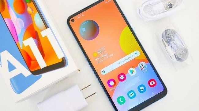 گوشی A11، ادامه دنده ی گوشی های A10 و A10s می باشد